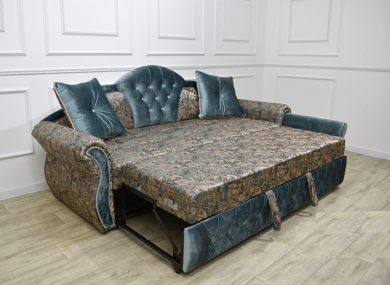 Тахта небольшой диван классический
